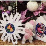 Вышитые открытки к новогодним праздникам